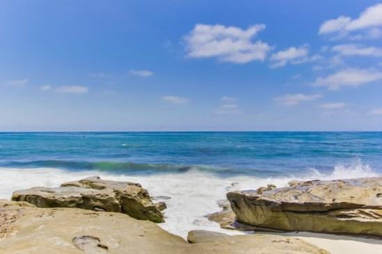 Relax in the white sand, surf Wind and Sea, or explore the rocky tide pools.  - Gaby's La Jolla Beach Getaway - The Penthouse Studio Apartment - La Jolla - rentals