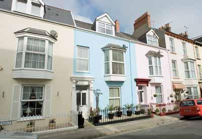 Holiday Home - Anvil House, Tenby - Image 1 - Tenby - rentals