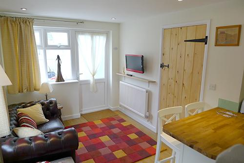 Pet Friendly Holiday Cottage - Min yr Afon Annexe, Solva - Image 1 - Solva - rentals