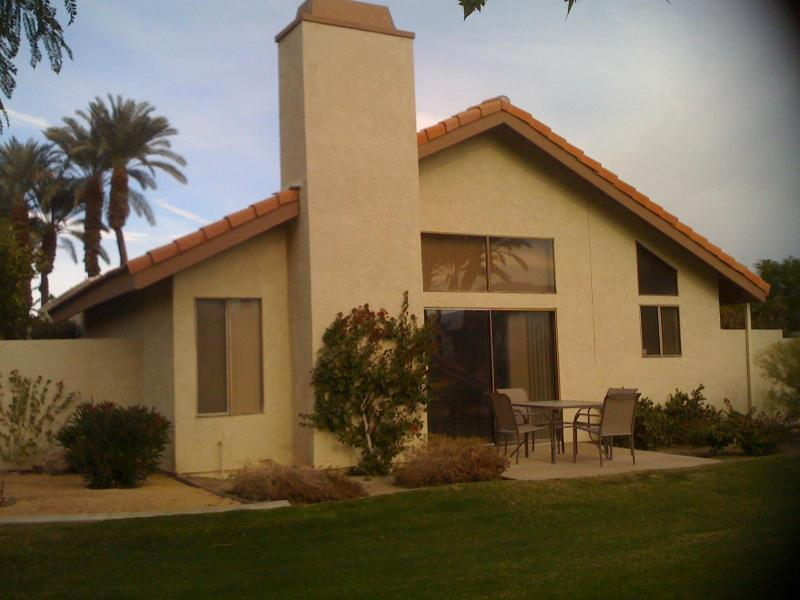 VIEW OF HOME FROM BACK OUTSIDE - SILVER SANDS RACQUET CLUB 2BR/2BA W GREAT LOCATION - Palm Desert - rentals