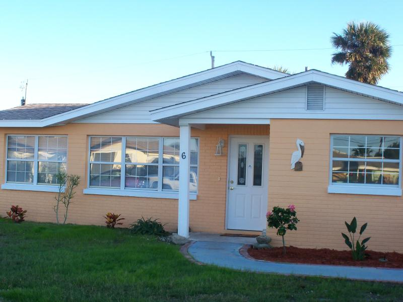 Pelican Place Front View - Pelican Place, 2 bedroom Beach House - Ormond Beach - rentals