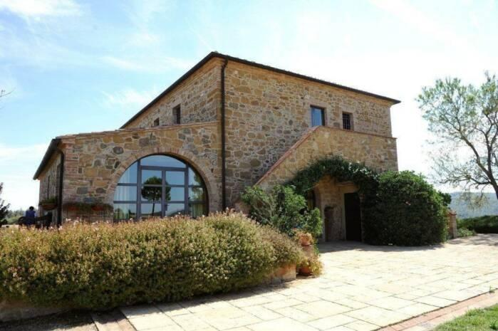 Villa Emmaline vacation holiday villa rental italy, tuscany, near florence, hilltowns, montepulciano, vacation holiday villa to rent it - Image 1 - Torrita di Siena - rentals