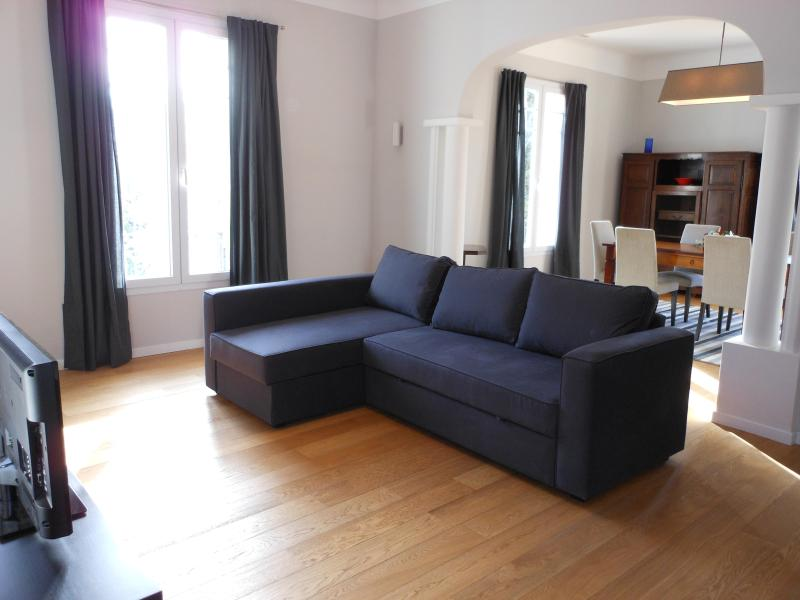 wonderful 2 beds flat, ac, garden, wifi, terrace, Port of Nice - Image 1 - Nice - rentals