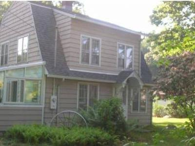 3 BR Charming CT shore Beach House at Black Point - Image 1 - Niantic - rentals