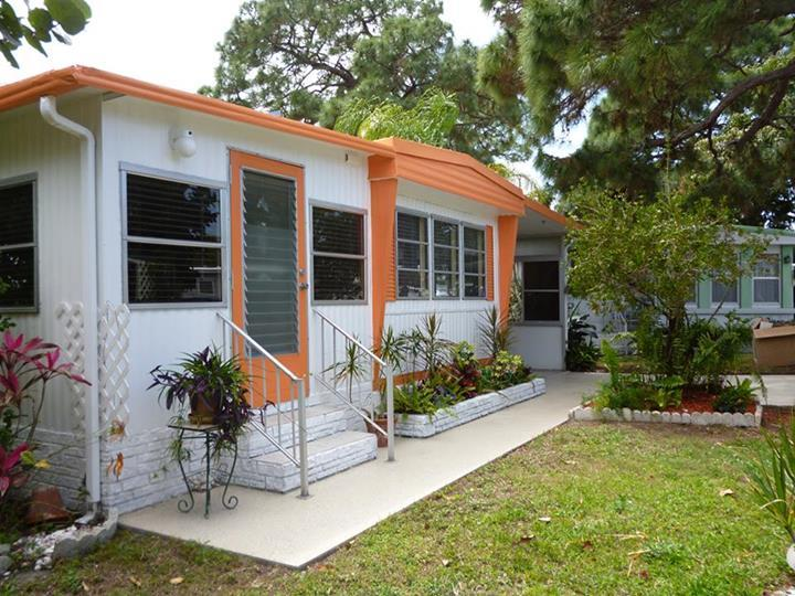 Nice and private - Affordable, Great location (1.5 m to the BEACH)! - Fort Myers Beach - rentals