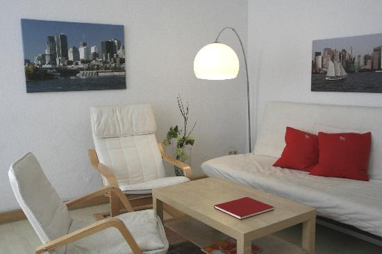 Vacation Apartment in Leipzig - 614 sqft, comfortable, free WIFI available (# 2318) #2318 - Vacation Apartment in Leipzig - 614 sqft, comfortable, free WIFI available (# 2318) - Leipzig - rentals