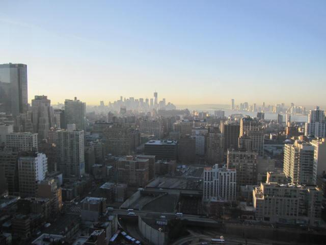 Incredible views! This is facing south towards lower Manhattan and the Statue of Liberty - Spectacular Views Luxury 2bd/2bath Midtown Hi Rise - New York City - rentals