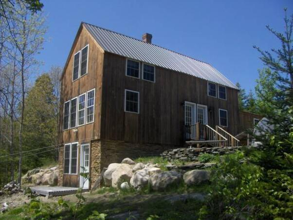Cherry Dip Cottage a true Maine seaside home. - Acadia-Downeast Maine Oceanfront vacation home. - Gouldsboro - rentals
