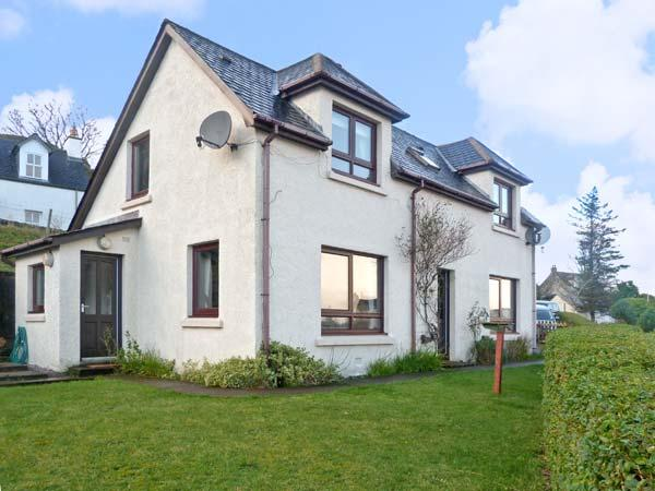 POOL HOUSE, family friendly, with a garden in Poolewe, Wester Ross, Ref 8506 - Image 1 - Poolewe - rentals