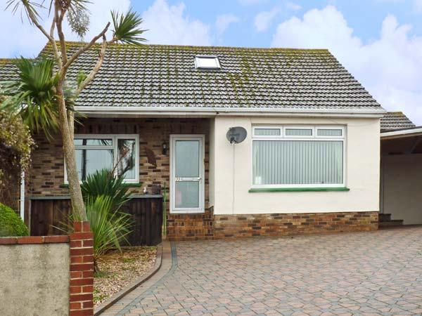 LONGVIEW, family friendly, with pool in Brixham, Ref 11965 - Image 1 - Brixham - rentals