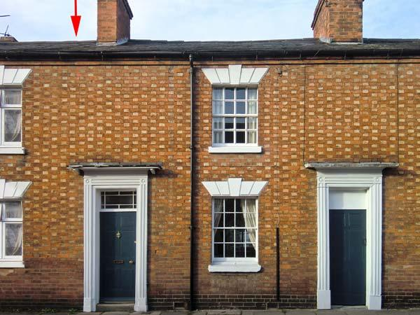 3 SHAKESPEARE STREET, family friendly, character holiday cottage, with a garden in Stratford-Upon-Avon, Ref 12176 - Image 1 - Stratford-upon-Avon - rentals