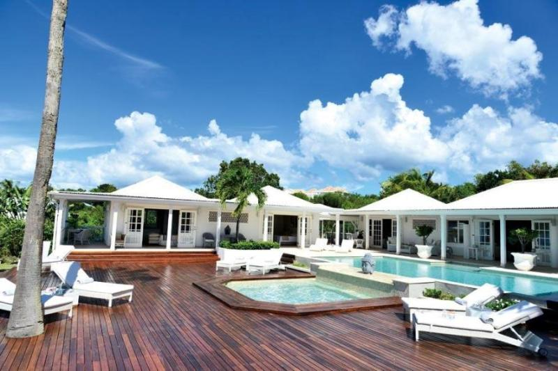 St. Martin Villa 67 Conveniently Located Within Minutes To The Best Beaches On The Island. - Image 1 - Terres Basses - rentals