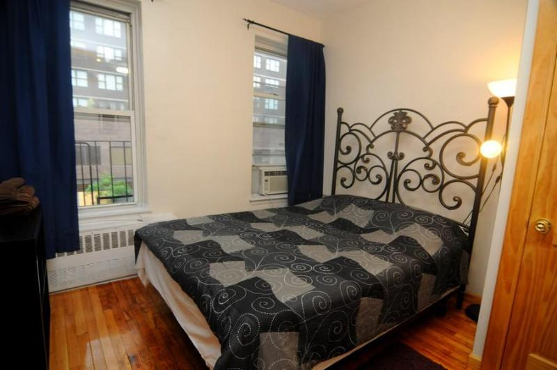 New York Deluxe A - Image 1 - New York City - rentals