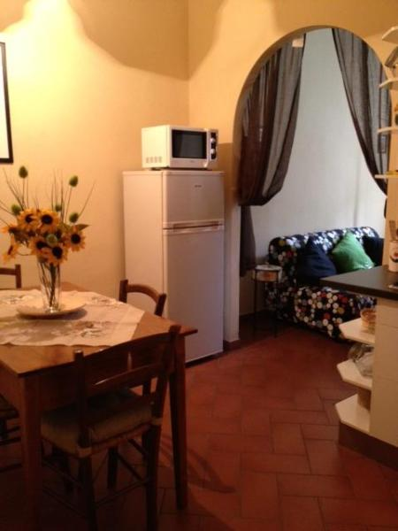 Kitchen - APT 4 PEOPLE NEARBY MAIN STATION/CENTRAL MARKET LAST MINUTE! - Florence - rentals