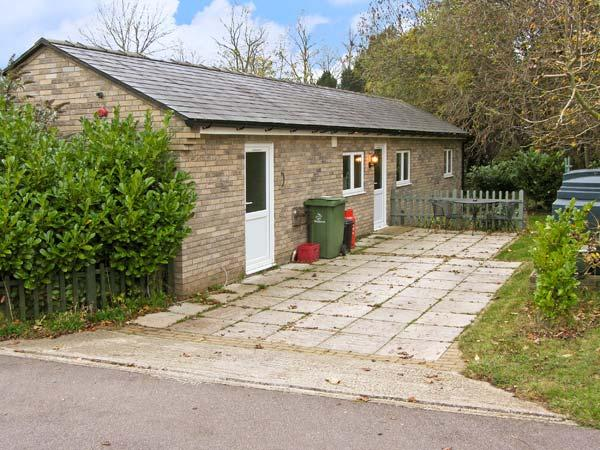 LITTLE LODGE 1, romantic, country holiday cottage, with a garden in Bylaugh, Ref 12078 - Image 1 - Bylaugh - rentals