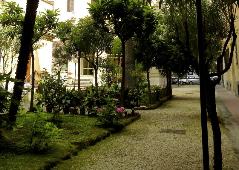 Building Entrance - For My Friends B&B Vatican City - Rome - rentals