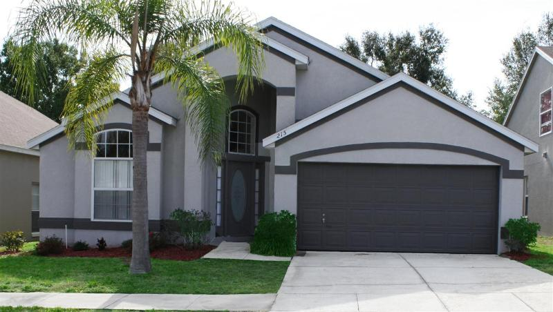 Craine-Wonderful Davenport Vacation Home for Rent-4 beds, 2 bath, Private Pool, Great Rates - Image 1 - Davenport - rentals