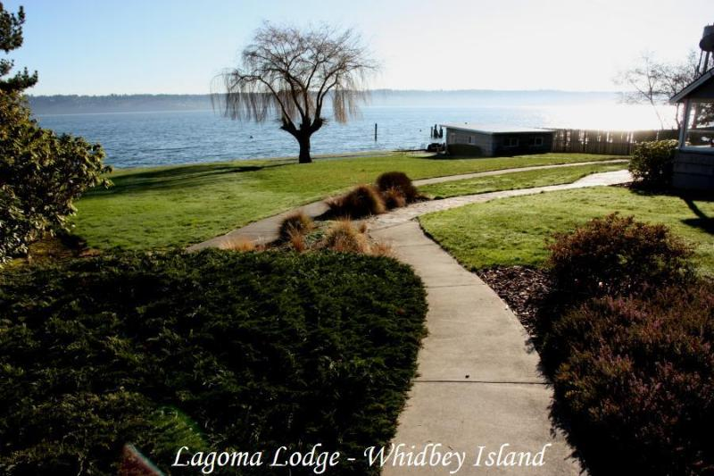 Lagoma Lodge The Best Whidbey Island Water Front Vacation Rental Private Beach - Whidbey Island Private Beach House on 1 Acre - Clinton - rentals