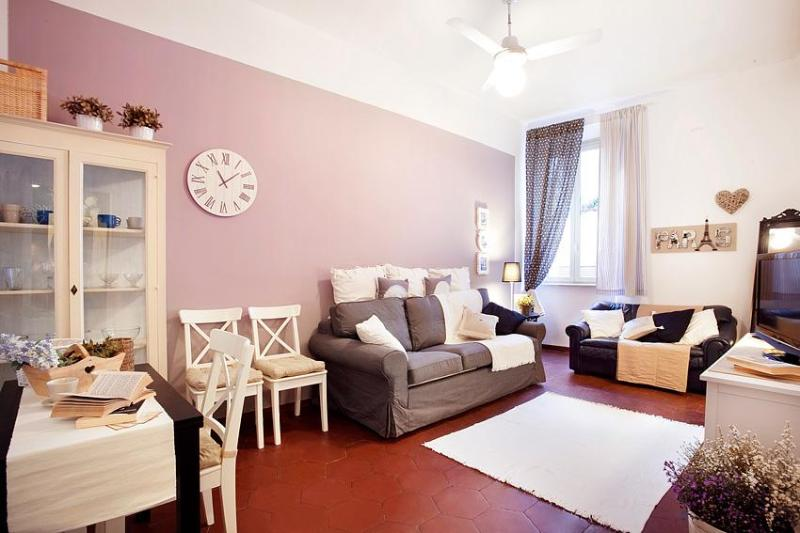 Beautiful and romantic apartment at Campo de Fiori - Image 1 - Rome - rentals