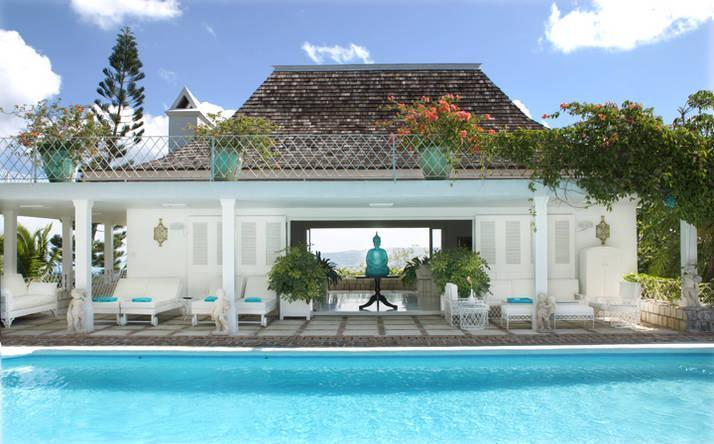 Pool with Family Room in background - 6bd/6ba Luxury Estate,17 acres,spec views of Mobay - Montego Bay - rentals