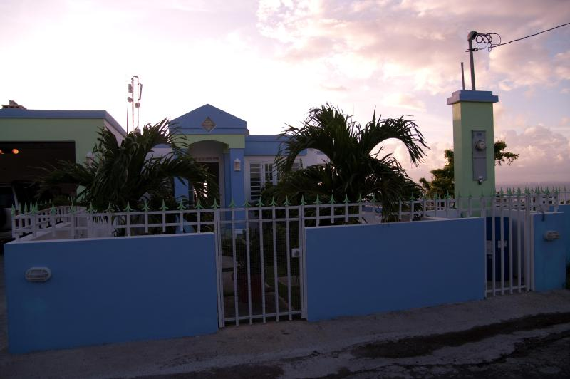 Cima del Mundo Vacation Suites - Cima Del Mundo-Del Mar Suite. New Pool, Fab Views! - Vieques - rentals