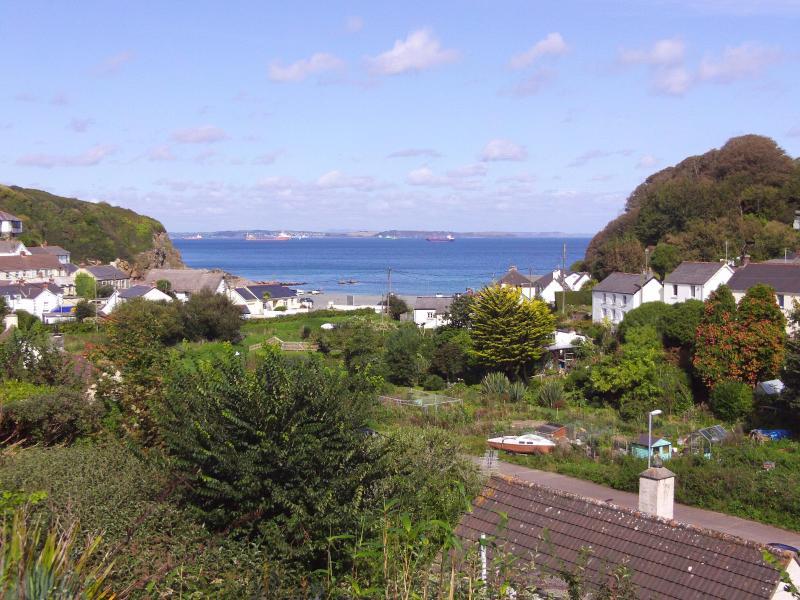 Falmouth Bay from the balcony - Bay View Porthallow Nr The Lizard Cornwall England - Cornwall - rentals