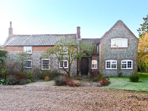 THE COTTAGE, pet friendly, character holiday cottage, with a garden in East Ruston, Ref 11605 - Image 1 - Stalham - rentals