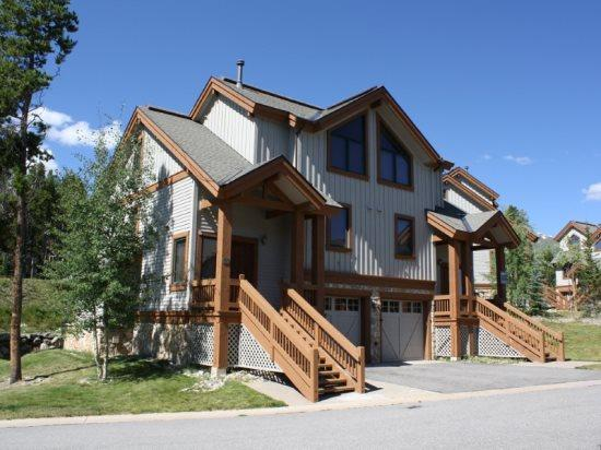 Luxurious Newer 3-Bedroom 3-Bath Duplex a Stone`s Throw from the Snowflake Lift - Simply Awesome! - Image 1 - Breckenridge - rentals