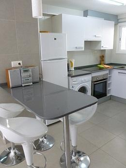 Open plan kitchen - Newly Reformed Apartment in the Heart of Salou - Salou - rentals