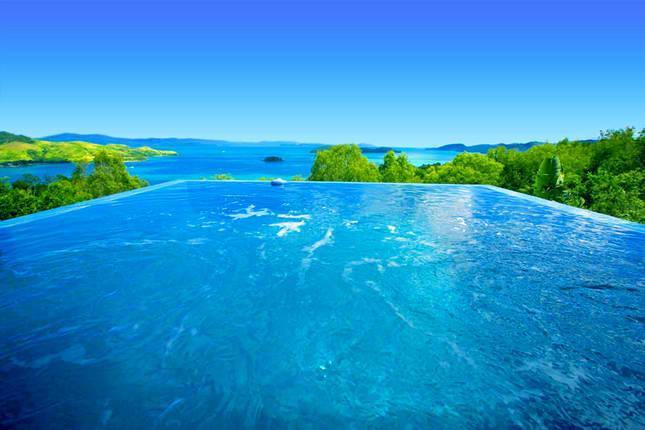 Breath Taking Endless Ocean Views From Your Own Swimming Pool - Clearwaters Luxury Ocean Front 5 Brm House - Hamilton Island - rentals