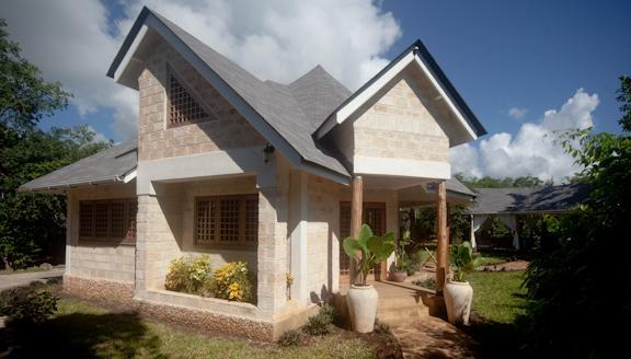 Exerior View - Kitu Kidogo Cottages - Chic cottages in Diani - Diani - rentals