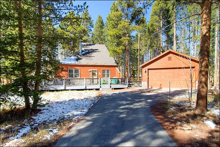 Beautiful Home Tucked Away in the Trees - Pet Friendly  - Secluded on One-Acre Lot (13155) - Breckenridge - rentals