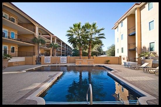 courtyard/pool - Family Tides - Tybee Island - rentals
