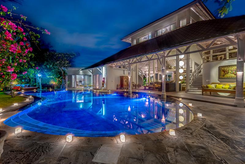 La VILLA OBEROI - FABULOUS 4 BED IN PRIME LOCATION - Image 1 - Seminyak - rentals