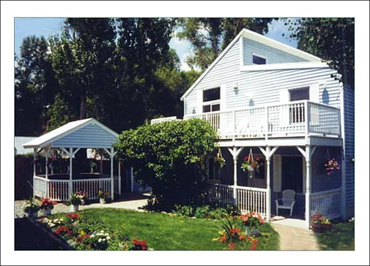 Exterior View of this Downtown Steamboat Springs Home. - Old Town Location - Walk to Restaurants, Shopping - Great Value for Large Groups - Weekly Rates Available (3611) - Steamboat Springs - rentals