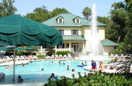 Waterside Main Pool - Waterside Villa *Free Golf & 2 blocks from beach* - Hilton Head - rentals