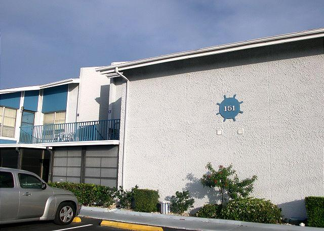 151A is on the ground level with the screened porch - Madeira Beach Yacht Club 151A - Ground floor condo, quick walk to the Gulf! - Madeira Beach - rentals