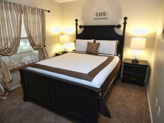 Queen Bedroom - IP3P4514DP 3 BR Modern Pool Home With Games Room and High Speed Internet - Kissimmee - rentals