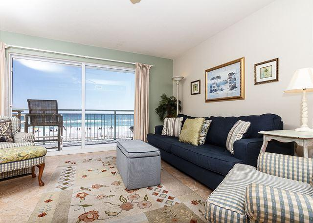 Beach living at it's finest - right on the beach! Enjoy this won - PI 214: Waterfront, 1BR, full kitchen, free Internet, cable TV,Free Beach Svc - Fort Walton Beach - rentals