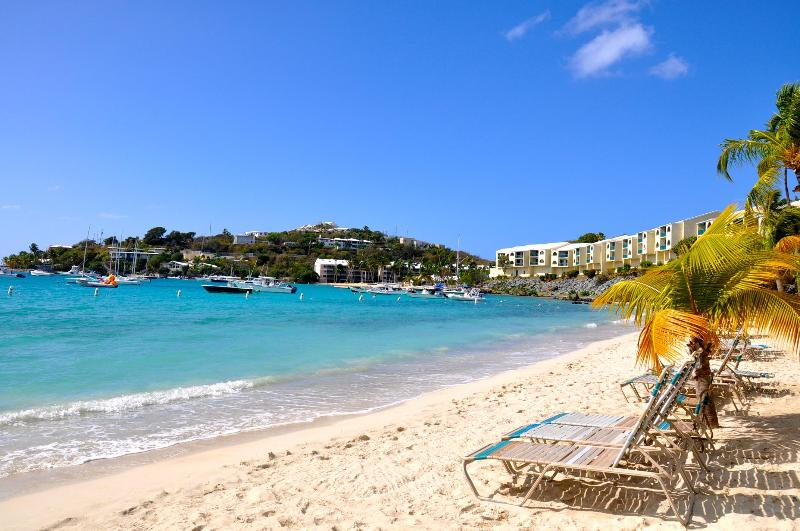 Another sunny day in Paradise! - $199.night Sept & Oct at PERFECT 5 STAR REVIEWS!!! - East End - rentals