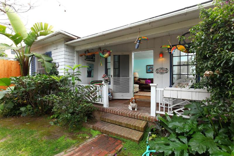Front of the house with porch - Caribbean Cottage, close to Beach and Village - La Jolla - rentals