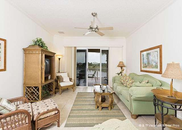Relax in our elegant, spacious condo - 1024 Cinnamon Beach, Pet Friendly Rentals, Tile, 2 Pools, Wifi - Palm Coast - rentals