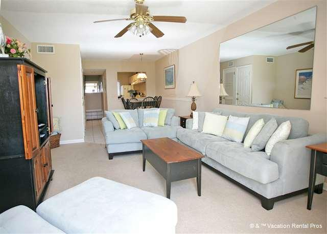 The pleasant, well furnished, and newly updated living room. - Summerhouse 132 - Ocean View, 4 Pools, St Augustine - Saint Augustine - rentals