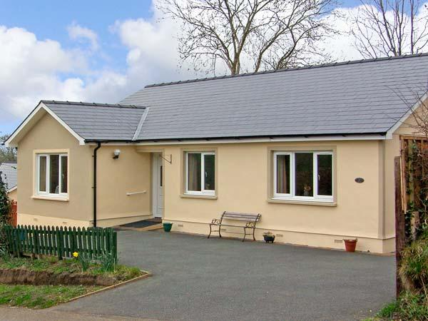 FFYNNON DEWI, pet friendly, country holiday cottage, with a garden in Narberth, Ref 12792 - Image 1 - Narberth - rentals