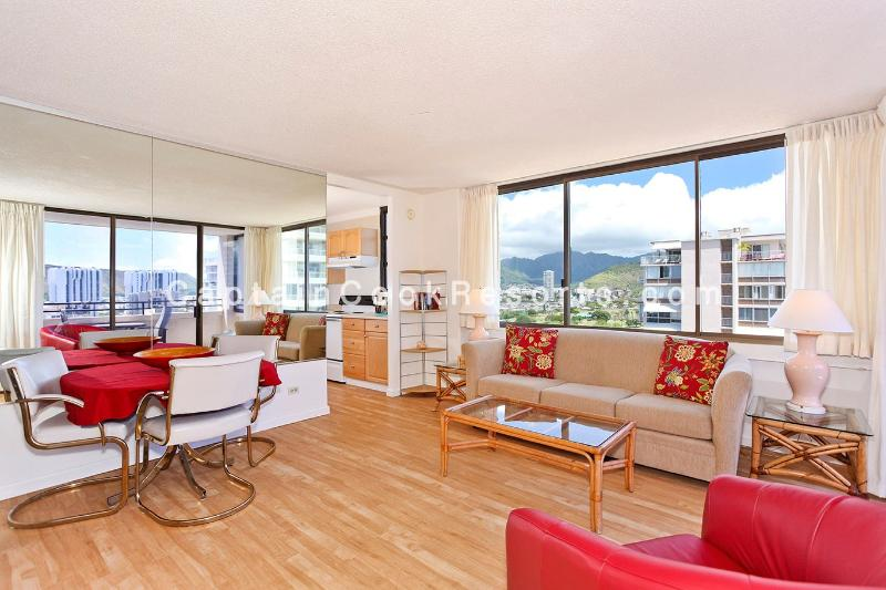 Waikiki Skytower #2002 - One bedroom vacation rental, washer/dryer, WiFi, pool & parking! - Image 1 - Waikiki - rentals