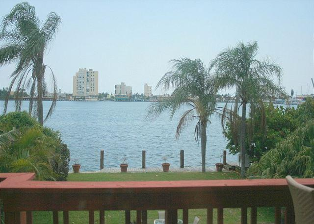 Stunning Northlake Views 5/3 Heated Pool for 16 923 - Image 1 - Hollywood - rentals