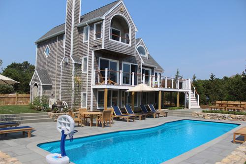 1620 - LUXURIOUS KATAMA HOME WITH HEATED POOL - Image 1 - Edgartown - rentals