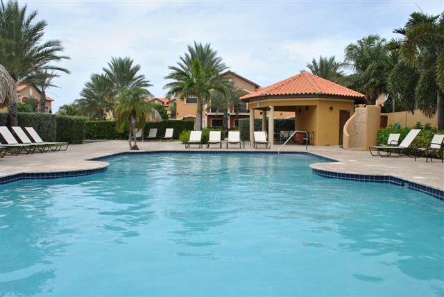 The pool right in front of your front door - Gold Coast Town House 3 Bed / 3 Bath - Malmok Beach - rentals