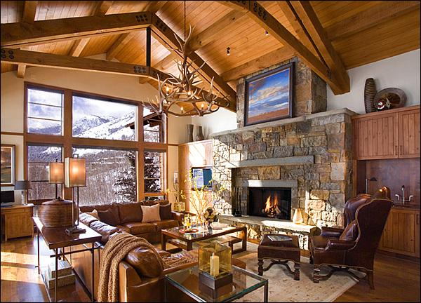 Amazing Great Room with post & beam cathedral ceilings, stone fireplace, large LCD TV, wet bar, & great views! - Beautiful New Upscale Home - Walking Distance to Ski Access, the Tram, & Gondola (8021) - Jackson - rentals