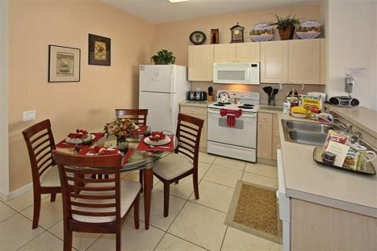 Kitchen - WP3T2323SPD 3 BR Modern Town Home with Splash Pool - Four Corners - rentals